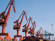 港口设施建设